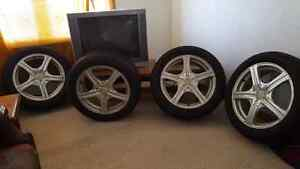 Summer tires for sale includes rims