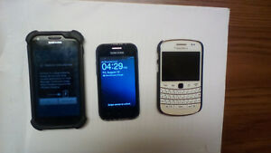 Blackberry 9900 Samsung 730m and S2