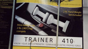 Golds Gym Trainer 410 Treadmill - Never Opened Give it as a Gift Oakville / Halton Region Toronto (GTA) image 3