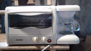 Coffee maker & toaster oven