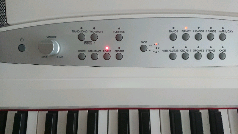 Korg SP280 Digital Piano  White   Almost new | in Havant, Hampshire |  Gumtree