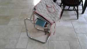 Puritan Rug Hooking Frame With Stand