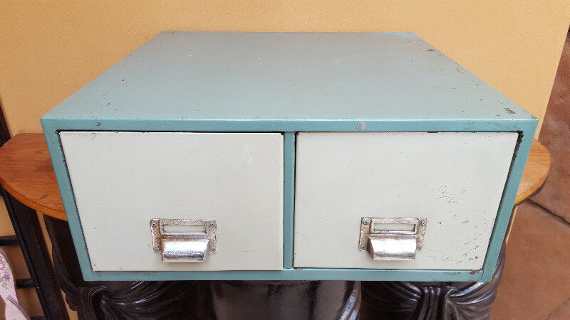 Lovely old metal two drawer filing cabinet.