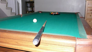 Hawkwood immaculate 4 x 8 pool table