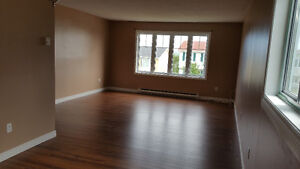 3 or 4 bedroom East End Top level of house for rent $1250 pou