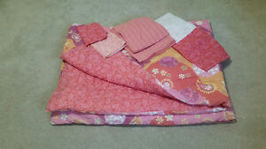 Lizzy Maguire Bedding Set