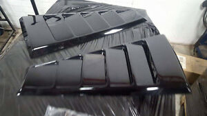 2005-2009 Mustang quarter window louvers. Black.