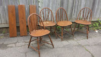 ANTIQUE DROPLEAF DINING TABLE AND WINDSOR CHAIRS - $400 (milton)