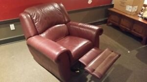 FAUTEUIL BERCANT & INCLINABLE EN CUIR