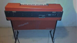 """""""Vintage Red Farfisa combo compact keyboard organ"""" West Island Greater Montréal image 3"""