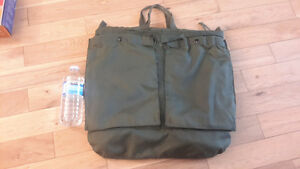 Army military insulated carying bag  rare extreme cold Oakville / Halton Region Toronto (GTA) image 1