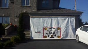 toile- but hockey 16' X 8'