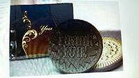 Wedding Keepsakes - Stunning Engraved Cookies & Elegant Pks