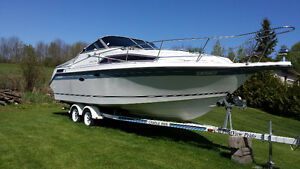 Cabin Cruiser Kawartha Lakes Peterborough Area image 1
