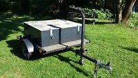 Utility Trailer 4'X4' - Licensed and Inspected - great condition