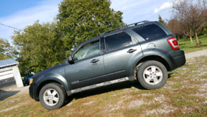 2008 ford escape v6 4x4 fully loaded
