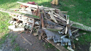 Free scrap wood for bonfires