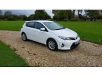 2014 (14) Toyota Auris 1.3 icon dual VVTi 1.3 manual 5 dr ONLY 14,000 MILES