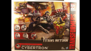 Transformers Titan Returns Siege on Cybertron MISB