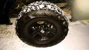 Kumho Road VENTURE M/T tires with XD cranks rims