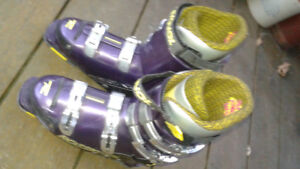 Rossignol Like New men's downhill Ski Boots, used 3 time