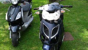 Sale for parts 2 scooters 500 $