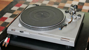 Technics SL-D2 table tournante