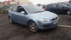2005 55 FORD FOCUS 1.6 16V GHIA 5 DOOR.SUPERB EXAMPLE WITH FULL SH.2 X KEYS .