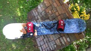 FORUM 150 cm  snowboard with bindings