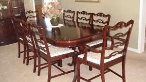 Refinished Dining Set Oakville / Halton Region Toronto (GTA) image 1