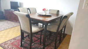Dinning table set of 6 chairs