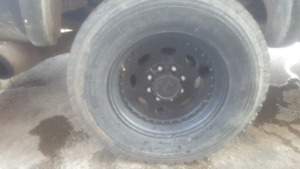 Vision heavy hauler rims tires 19.5 8x6.5