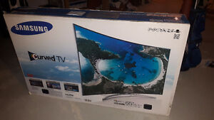 """Samsung 65"""" Curved 3D HDTV 240hz (UN65H8000) (LIKE NEW IN BOX)"""