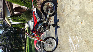 Crf 250r mint condition Windsor Region Ontario image 3