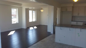 NEVER OCCUPIED - 3Bdr Open Concept Townhouse - End Unit - May 1