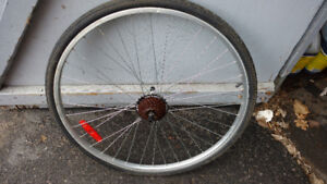 Roues Hybride 700mm