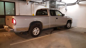 1998 Dodge Dakota SLT Pickup Truck
