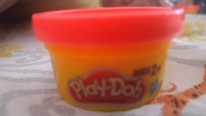 BUY 2 GET ONE SLIME FREE, SPECIAL OFFER! Never opened Play-Doh