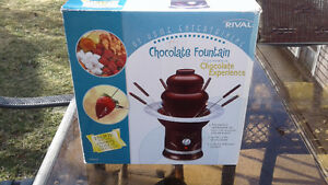 Rival Electric Oven Roaster and Chocolate Fondue Fountain