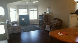Furnished room for rent in Millwoods for Male