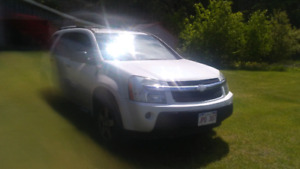 2005 Chevy Equinox 3.4 V6 Fully Loaded w/roof rack.