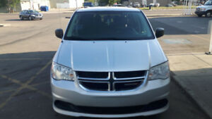 """Excellent great family dodge grand caravan Minivan is on sale"