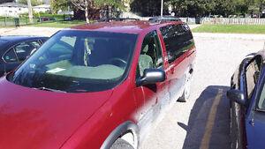 2003 Pontiac Montana Minivan, Van