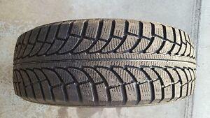 4 pneus d'hiver 245 / 60R18 - presque neuf