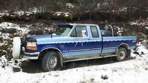 1997 Ford F-250 Two tone Blue Pickup Truck