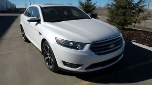 2015 FORD TAURUS SEL LOADED AWD ONLY 14000 KM'S!!! $220 B/W