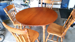 Roxton Maple table with leaf & 4 wooden chairs