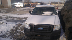 Ford f150. 2005