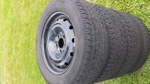 Toyo 215 60R16 winter tires on rims