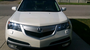 2013 Acura MDX Elite - immaculate condition